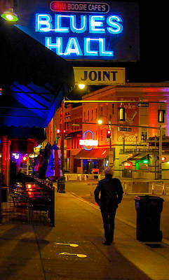 Photograph - Walking In Memphis by Jeff Kurtz