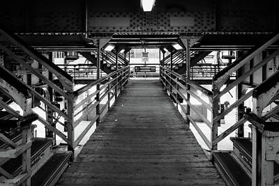 Photograph - Walkwak To The Ell Trains by John McArthur