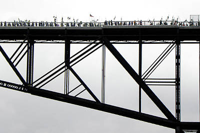 Joseph Duba Photograph - Walkway Over The Hudson No 11  Opening Day 2009 by Joseph Duba