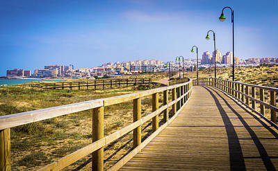 Photograph - Walkway To The City by Gary Gillette