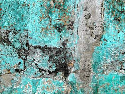Photograph - Wall Abstract 219 by Maria Huntley