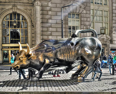 Digital Art - Wall Street Bull by Timothy Lowry