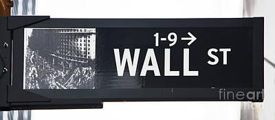Photograph - Wall Street Sign Close Up 1 by Nishanth Gopinathan