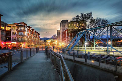 Photograph - Walnut Street Circle Sunset by Steven Llorca