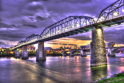 Photograph - Walnut Street Pedestrian Bridge 2 Chattanooga Tennessee by Reid Callaway