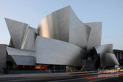 Design For Architects Photograph - Walt Disney Concert Hall 17 by Bob Christopher