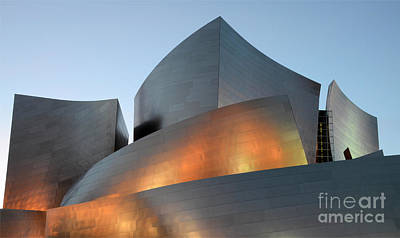 Design For Architects Photograph - Walt Disney Concert Hall 19 by Bob Christopher