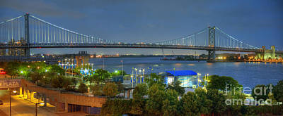 Photograph - Benjamin Franklin Bridge Lighted by David Zanzinger