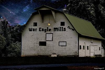 Photograph - War Eagle Barn by Wesley Nesbitt