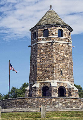 Photograph - War Memorial Tower Vernon Connecticut by Phil Cardamone