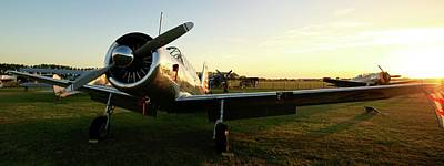 Harvard Propeller Photograph - Warbird Sunset by Robert Phelan