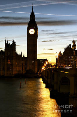 Photograph - Warm Glow On The Thames by John Rizzuto