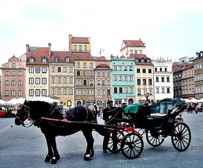 Photograph - Warsaw Carriage 05 by Dora Hathazi Mendes