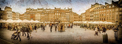 Photograph - Warsaw, Poland - Old Town Square by Mark Forte