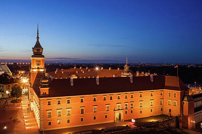 Photograph - Warsaw Royal Castle At Night In Poland by Artur Bogacki