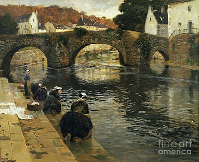 French Laundry Painting - Washerwomen In The Morning At Quimperle  by Fritz Thaulow