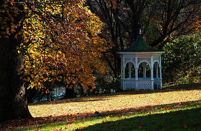 Photograph - Washington Crossing Gazebo by Elsa Marie Santoro