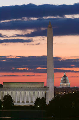 Lincoln Memorial Photograph - Washington Dc Landmarks At Sunrise II by Clarence Holmes