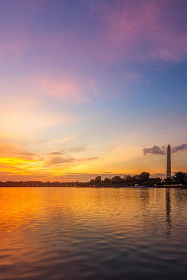 Photograph - Washington Monument Sunset by Chris Bordeleau
