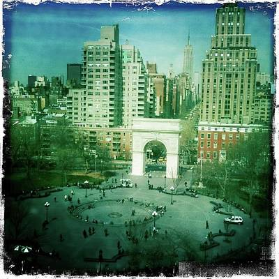 Washington Square Park Original by Laura Kendall
