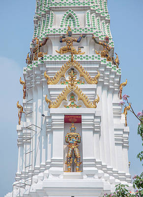 Photograph - Wat Apson Sawan Phra Chedi Guardian Demons And Giant Dthb1921 by Gerry Gantt