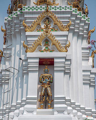 Photograph - Wat Apson Sawan Phra Chedi Guardian Giant Dthb1922 by Gerry Gantt