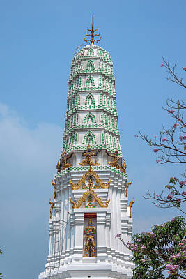 Photograph - Wat Apson Sawan Phra Chedi Pinnacle Dthb1920 by Gerry Gantt