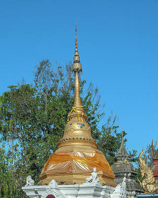 Photograph - Wat Buppharam Phra That Chedi Pinnacle Dthcm1585 by Gerry Gantt