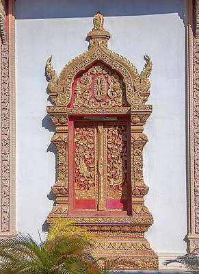 Photograph - Wat Buppharam Phra Wihan Window Dthcm1581 by Gerry Gantt