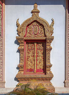 Photograph - Wat Buppharam Phra Wihan Window Dthcm1582 by Gerry Gantt