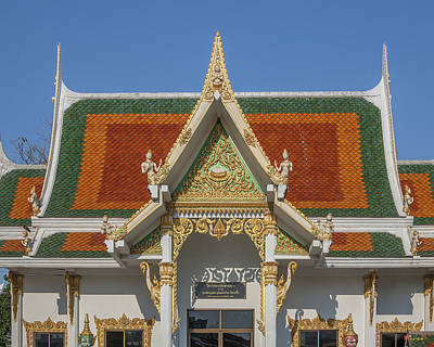 Photograph - Wat Chaimongkron Wihan Of Three Honored Monks Gable Dthcb0101 by Gerry Gantt
