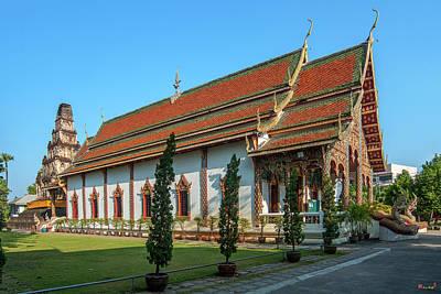 Photograph - Wat Chamthewi Phra Wihan And Suwan Chedi Jungkote Dthlu0069 by Gerry Gantt