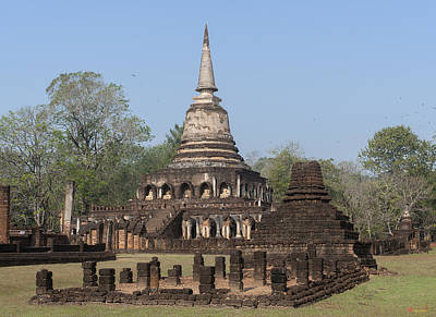 Photograph - Wat Chang Lom Wihan And Chedi Dthst0116 by Gerry Gantt