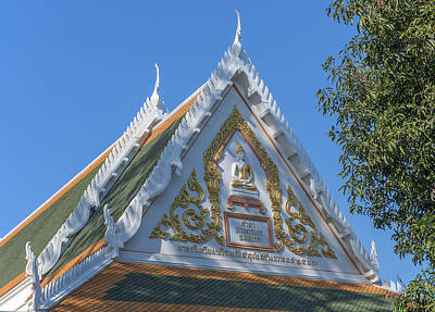 Photograph - Wat Chom Lom Na Kluea Gable Dthcb0155 by Gerry Gantt