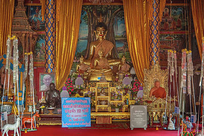Photograph - Wat Fa Ham Phra Wihan Buddha And Monk Images Dthcm1344 by Gerry Gantt
