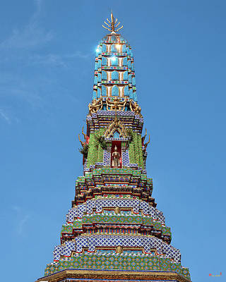 Photograph - Wat Intharam Phra Prang East Dthb0908 by Gerry Gantt
