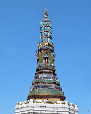 Photograph - Wat Intharam Phra Prang West Dthb0907 by Gerry Gantt