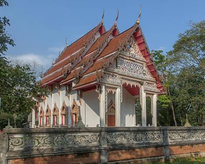 Photograph - Wat Kao Kaew Phra Ubosot Dthcp0017 by Gerry Gantt