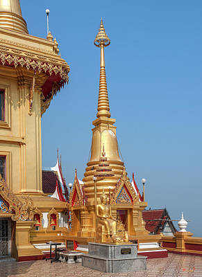 Photograph - Wat Khiriwong Corner Chedi Of Phrachulamanee Chedi Dthns0055 by Gerry Gantt