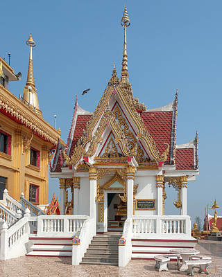 Photograph - Wat Khiriwong Phrachulamanee Chedi Pavilion Dthns0053 by Gerry Gantt
