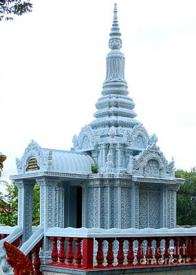 Photograph - Wat Krom 35 by Randall Weidner