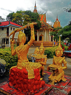 Photograph - Wat Krom Temple 13 by Ron Kandt