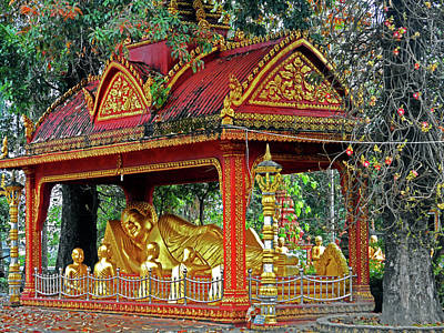 Photograph - Wat Krom Temple 16 by Ron Kandt