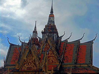 Photograph - Wat Krom Temple 34 by Ron Kandt