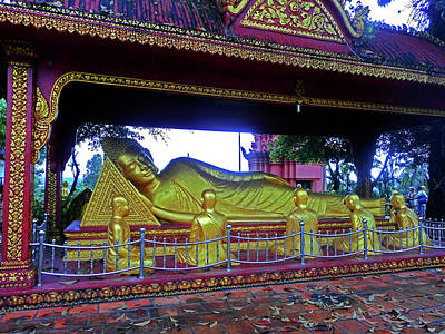 Photograph - Wat Krom Temple 4 by Ron Kandt