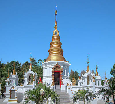 Photograph - Wat Kumpa Pradit Phra That Praditvee Sri Lanna Chedi Dthcm1672 by Gerry Gantt
