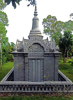Photograph - Wat Leu Temple 23 by Ron Kandt