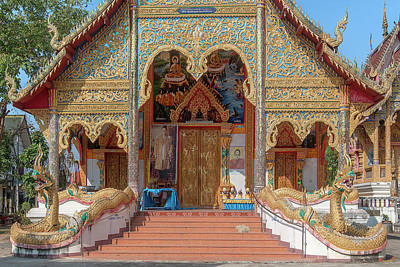 Photograph - Wat Mae Faek Luang Phra Wihan Entrance Dthcm1876 by Gerry Gantt