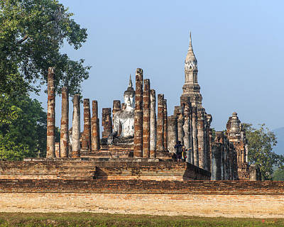 Photograph - Wat Mahathat Dthst0005 by Gerry Gantt