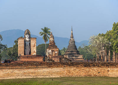 Photograph - Wat Mahathat Dthst0006 by Gerry Gantt